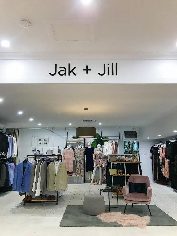 Jak + Jill